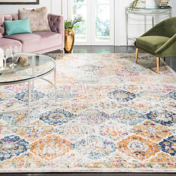 Safavieh Madison Bohemian Vintage Cream/ Multi Distressed Rug - 6'7' x 9'2'