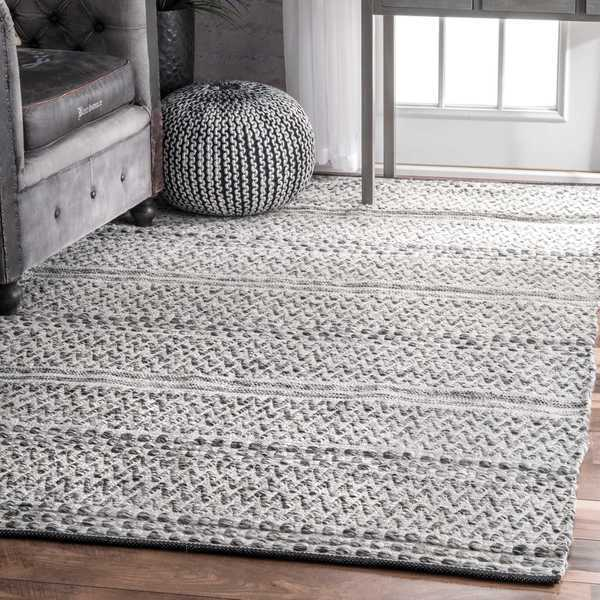 nuLOOM Flatweave Chevron Striped Indoor/ Outdoor Patio Silver Area Rug (3' x 5') - 3' x 5'